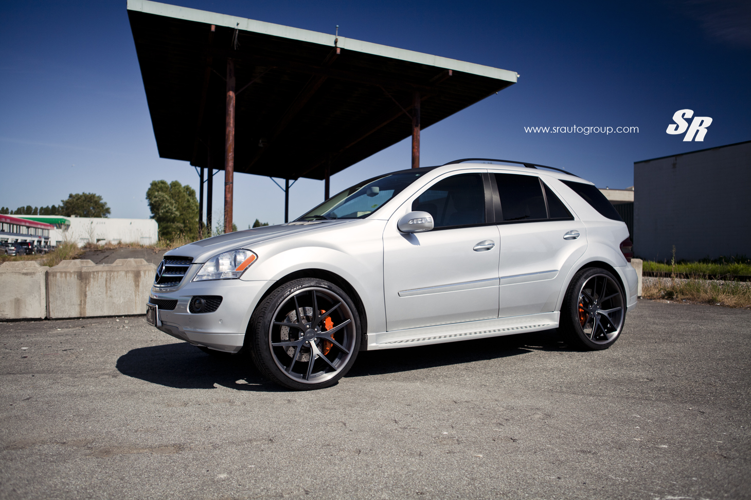 Mercedes Benz Ml 350 W164 Rolling On 24s Autoevolution