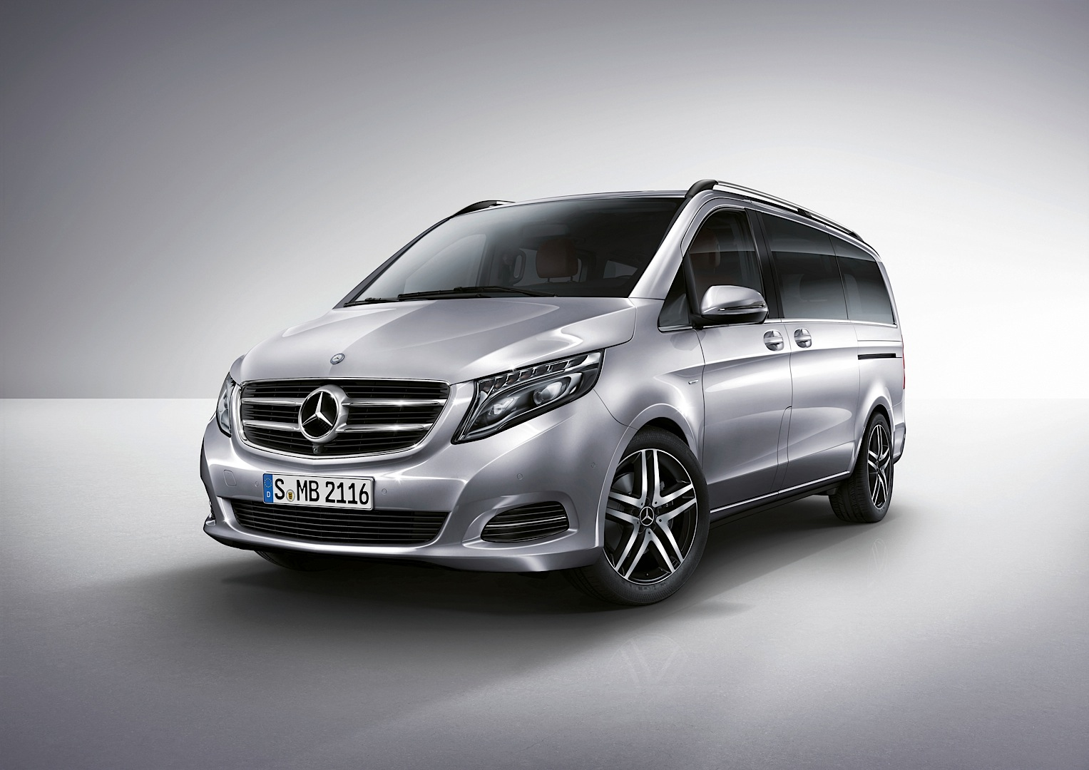 Mercedes Benz Officially Reveals 2015 V Class Autoevolution