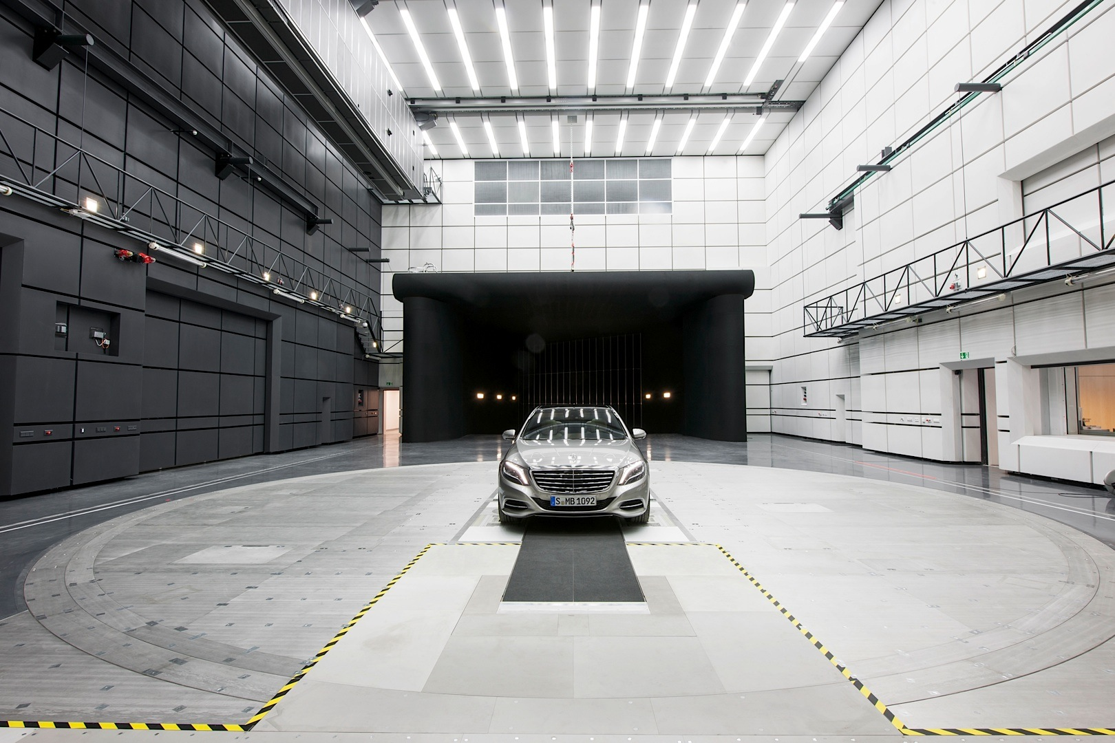 Usa Car Sales >> Mercedes-Benz Opens New Aeroacoustic Wind Tunnel ...