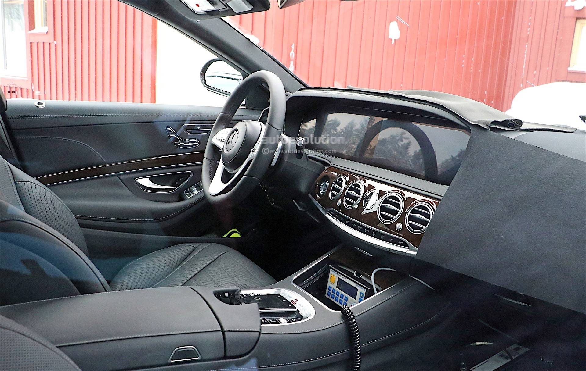 2018 mercedes benz s class facelift spyshots reveal new. Black Bedroom Furniture Sets. Home Design Ideas