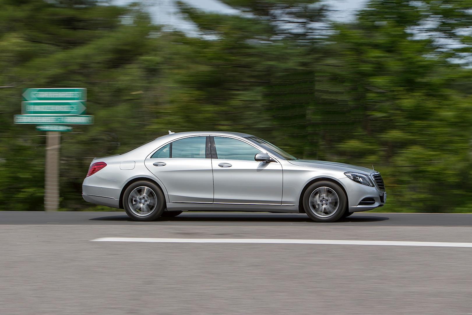 Mercedes benz 39 s engine encapsulation saves fuel for Mercedes benz diesel oil