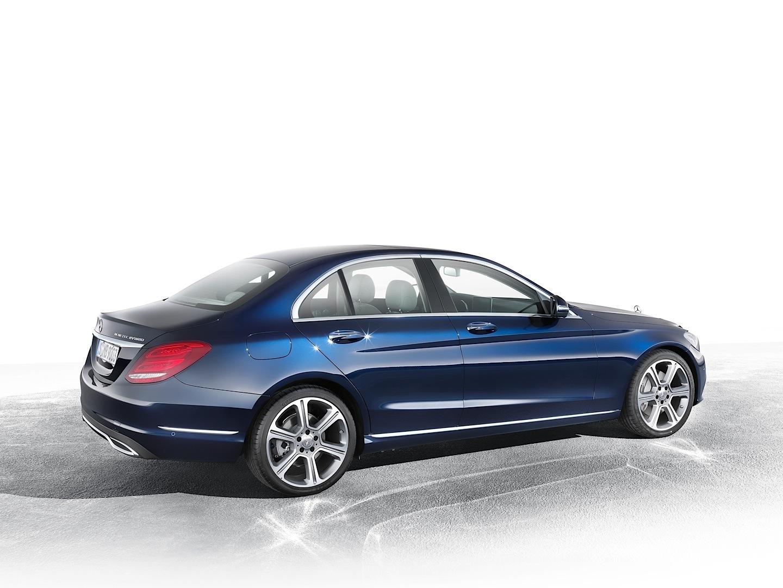Mercedes benz 39 s next generation c class will feature more for Mercedes benz s class features