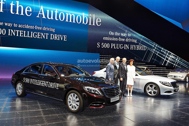 Mercedes benz to bring optional autonomous driving by 2020 for Mercedes benz autonomous driving
