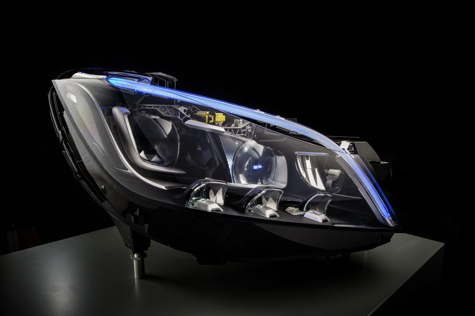 Mercedes-Benz Multibeam LED Headlight Tech to Adopt 84 LEDs in 2015 ...
