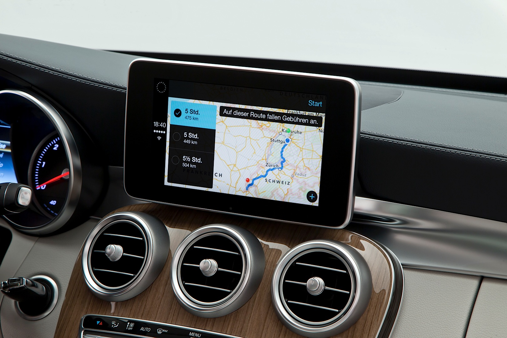 Mercedes benz to offer apple carplay retrofitting on older for Who owns mercedes benz now