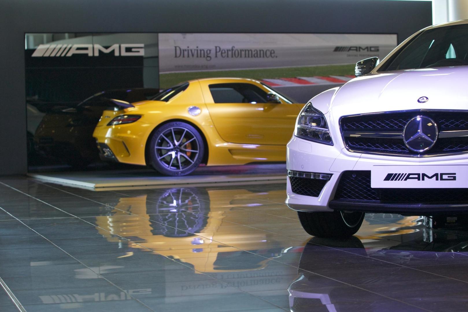 Mercedes benz uk rates highest ever in jd power dealer for Mercedes benz worldwide