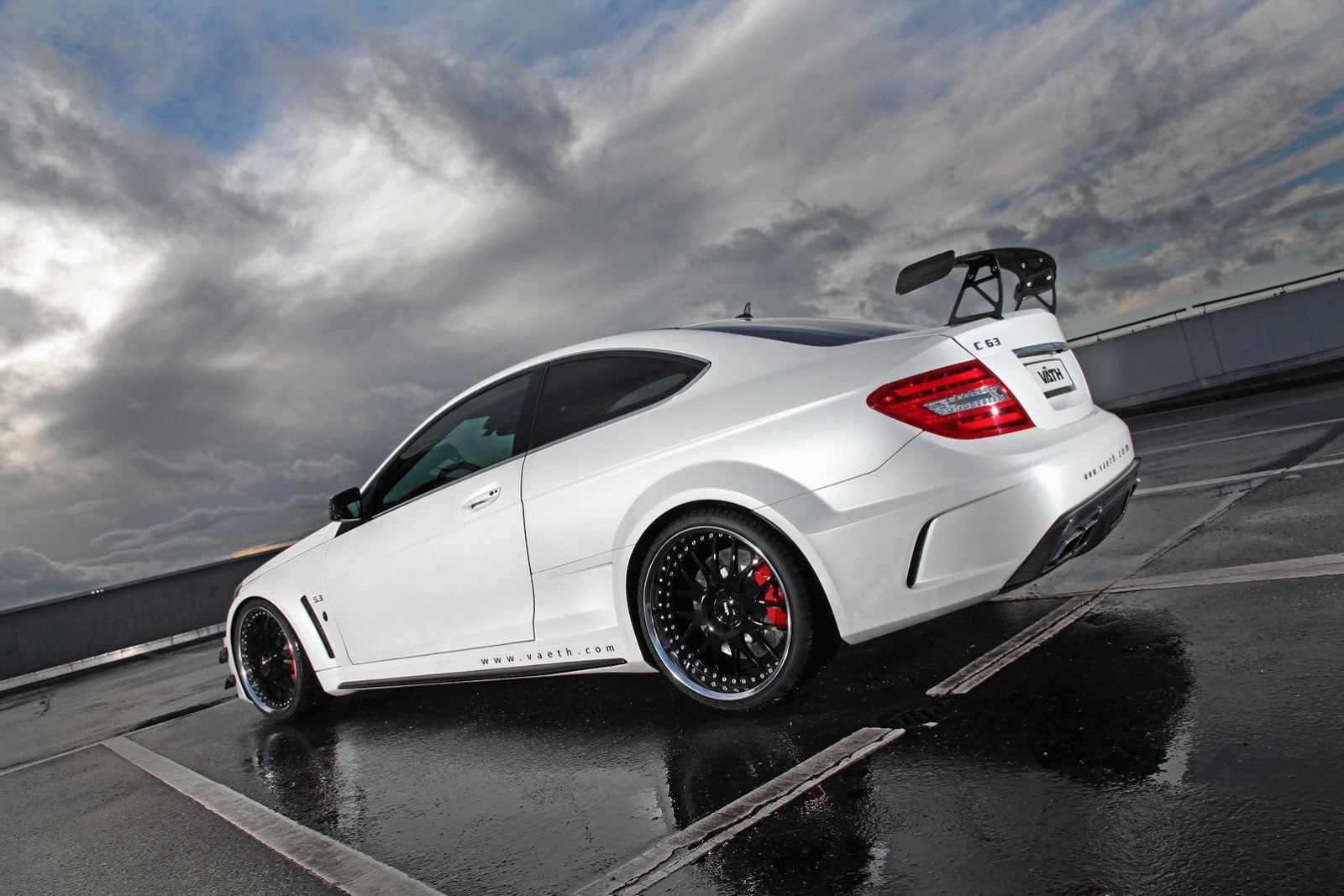 Mercedes c63 amg black series tuned by vath autoevolution for Mercedes benz s series