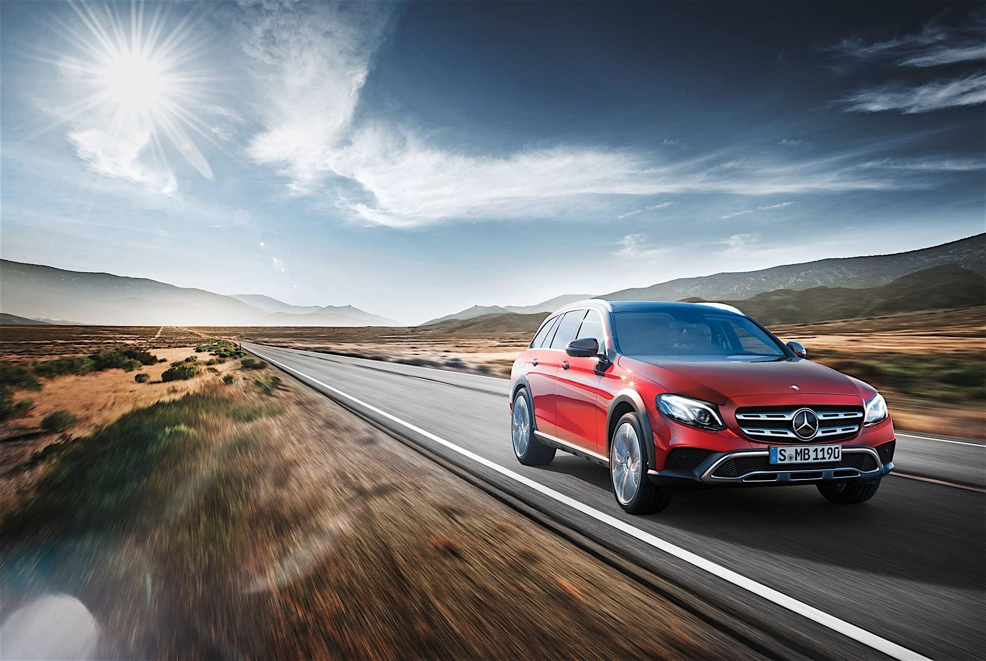 2017 mercedes benz e class demonstrates remote parking for Mercedes benz parking