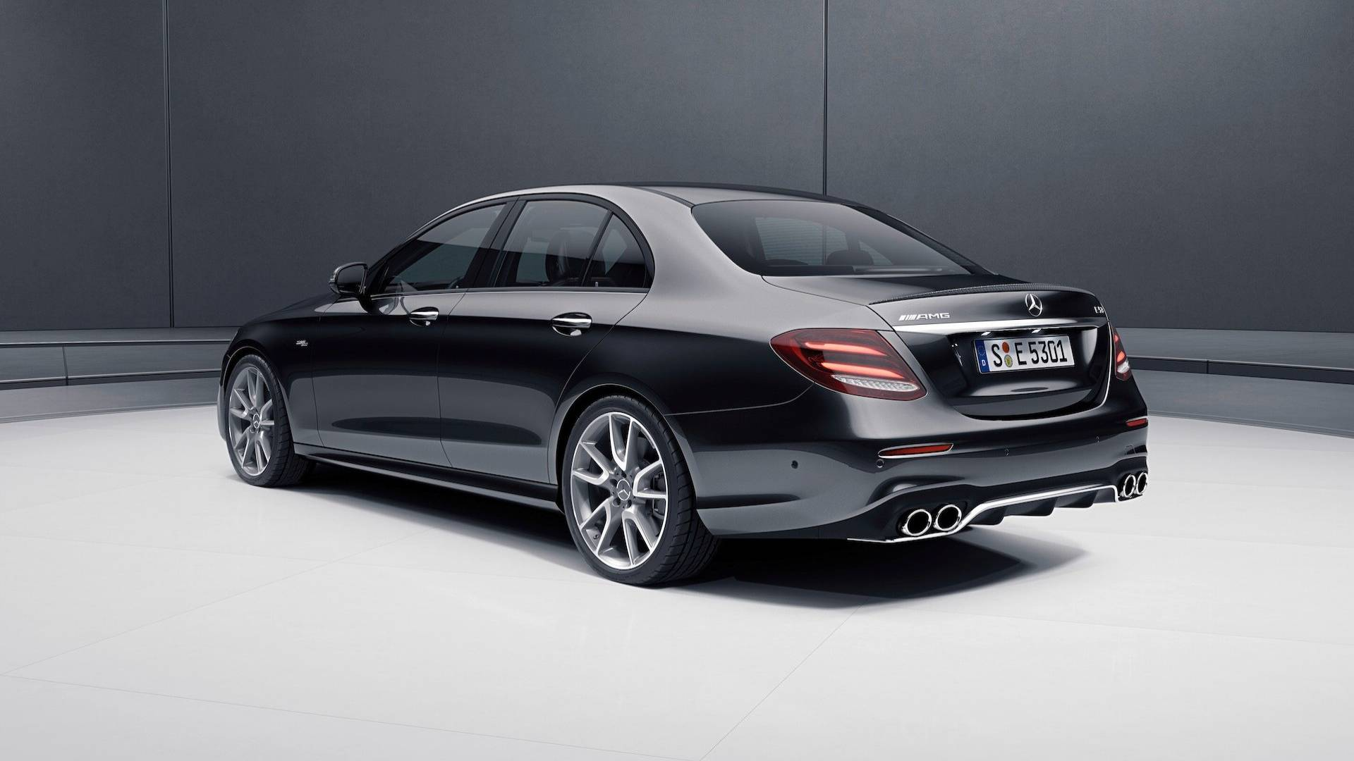 Mercedes-AMG E 53 4Matic+ Goes Official as Sedan and Wagon ...