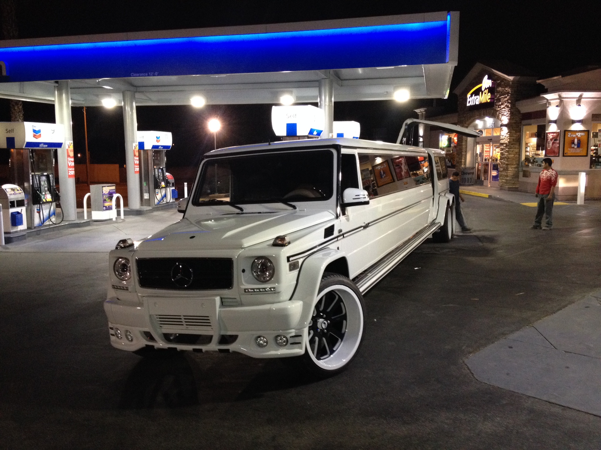 Mercedes G Class Turned Into A 6 Wheeled Stretch Limo On