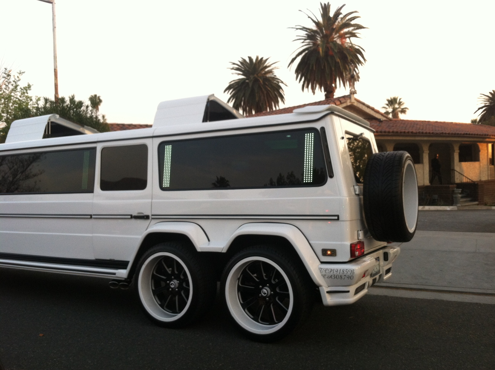 Mercedes g class turned into a 6 wheeled stretch limo on for Mercedes benz clase g