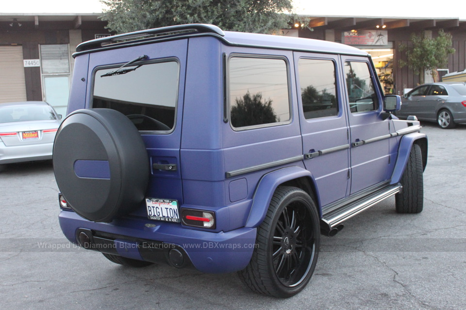 mercedes g-class wrapped in blue brushed metallic