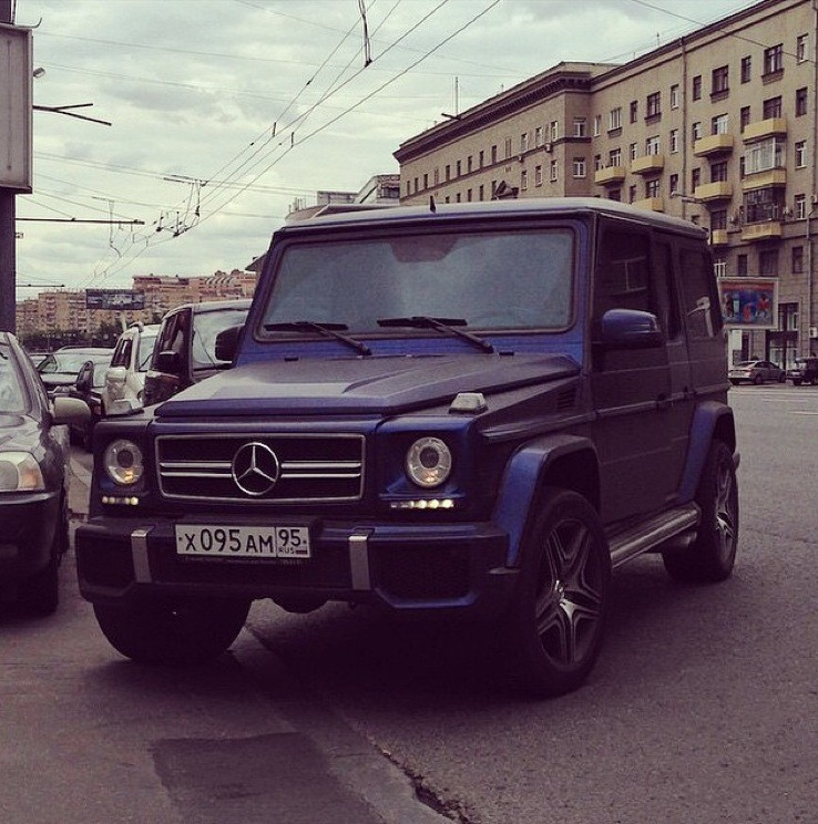 Mercedes g63 amg tipped over in russian crash autoevolution for Mercedes benz wayne nj