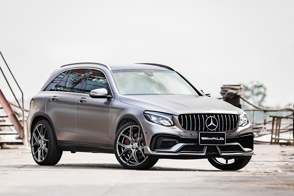 Mercedes Glc Class Black Bison Tuned By Wald Has A Nose Implant Autoevolution
