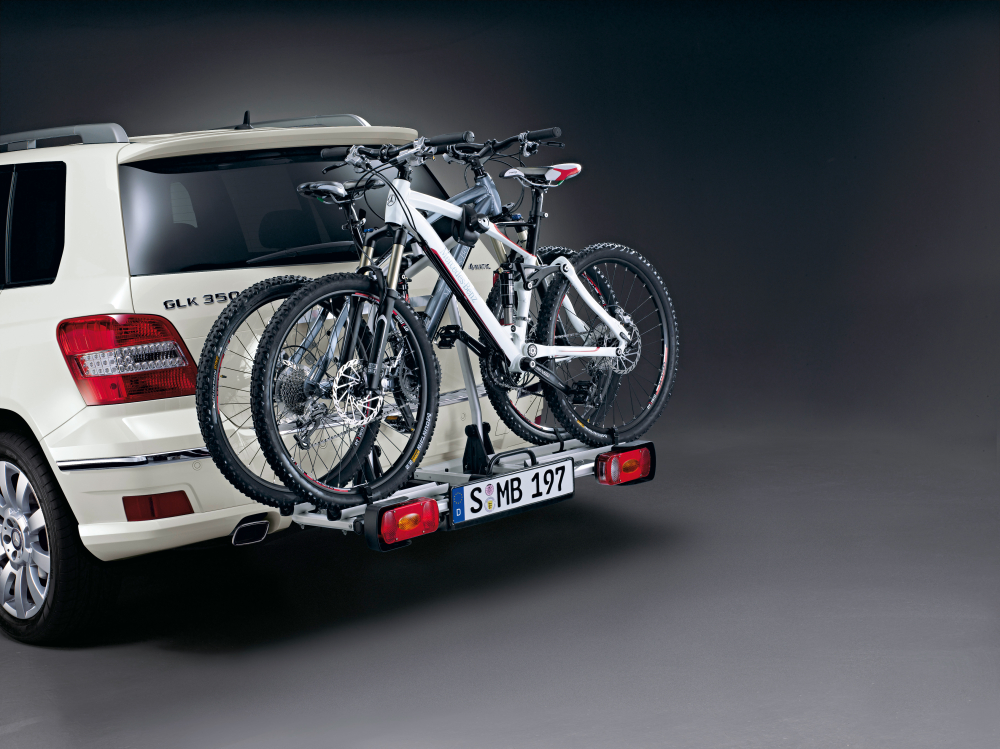 Mercedes presents new glk accessories autoevolution for Mercedes benz bicycle rack