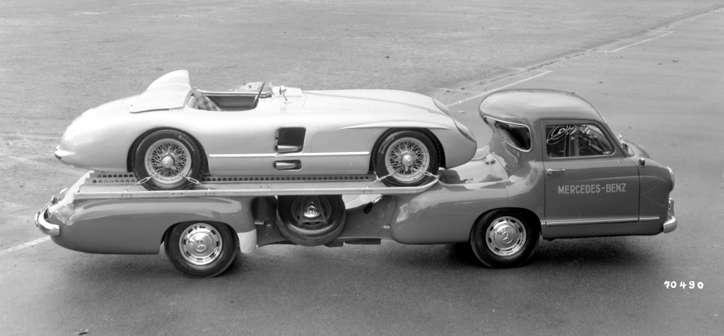 Mercedes Renntransporter The Fastest Racing Car Hauler In The World