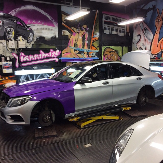 Mercedes Benz Sedan >> Mercedes S-Class Wrapped in Purple for Footballer's Wife Is Pimping - autoevolution