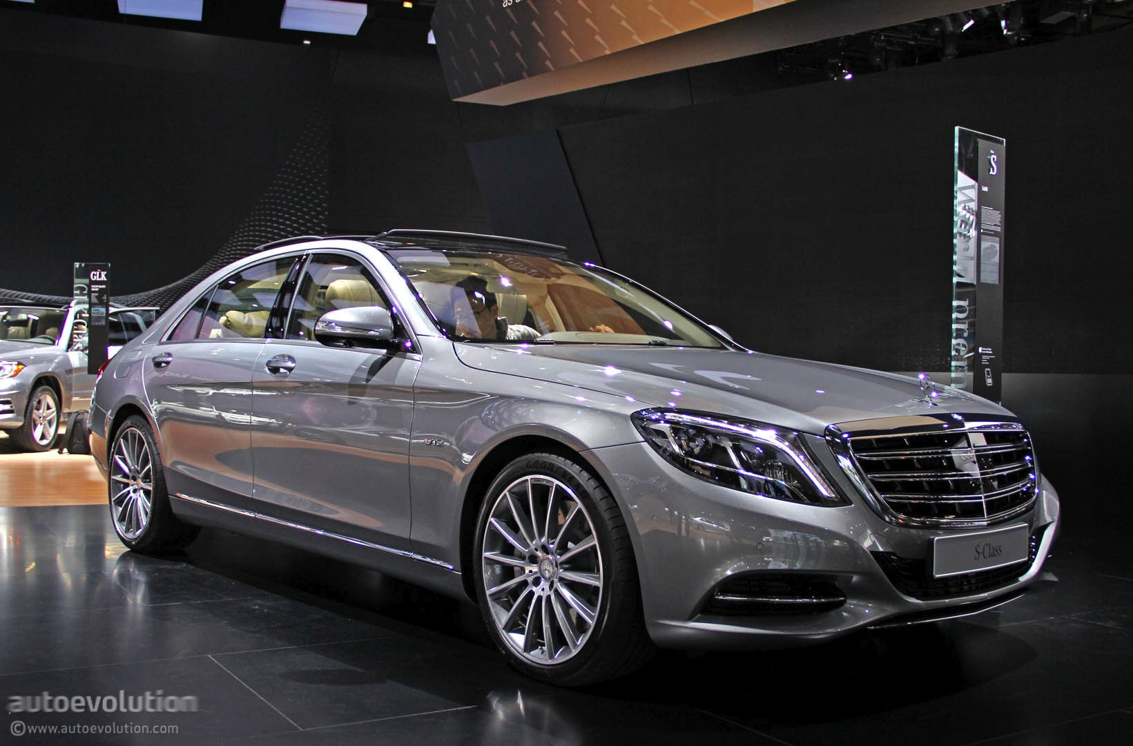 v12 powered 2015 mercedes s600 leaked specced and videoed autoevolution. Black Bedroom Furniture Sets. Home Design Ideas