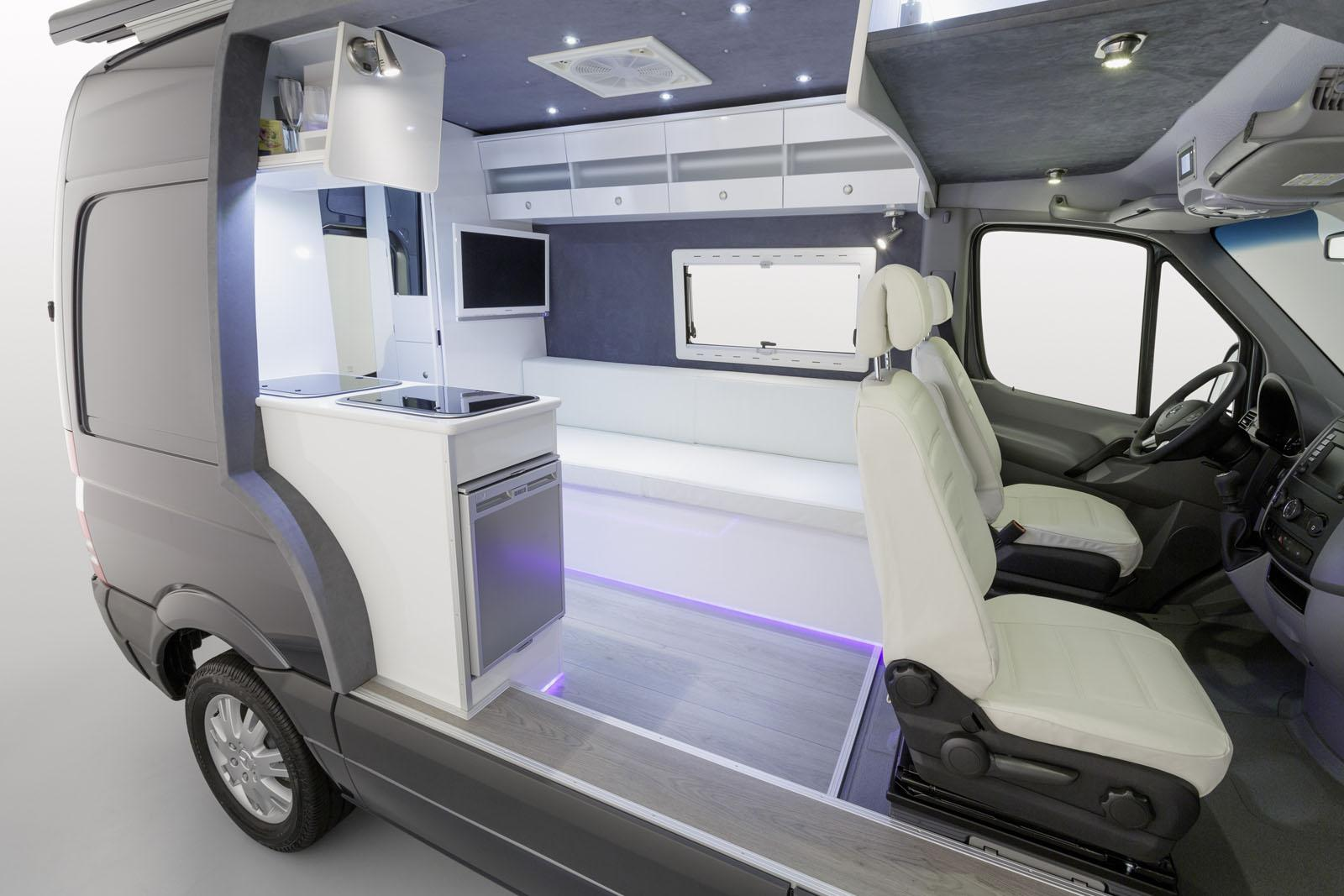 Mercedes showcases sprinter caravan cut away autoevolution for Mercedes benz camper vans for sale