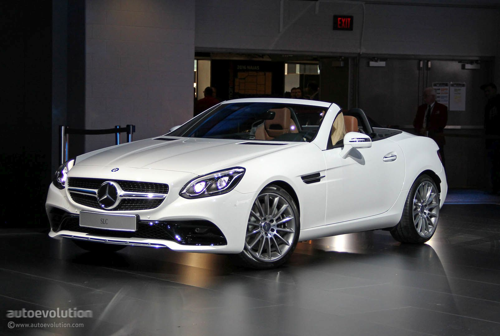 Mercedes SLC Loses V8 in Detroit, Is a Merc in Benz's ...