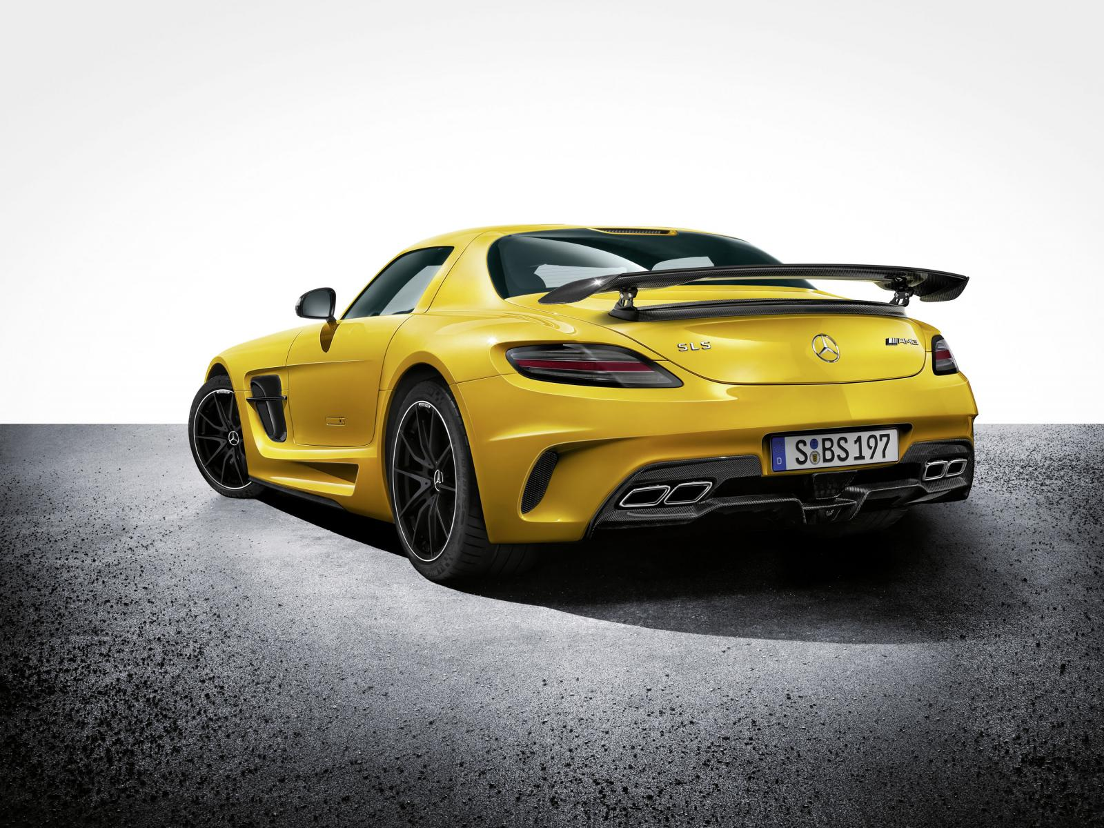 mercedes sls amg black series unveiled photo gallery autoevolution. Black Bedroom Furniture Sets. Home Design Ideas