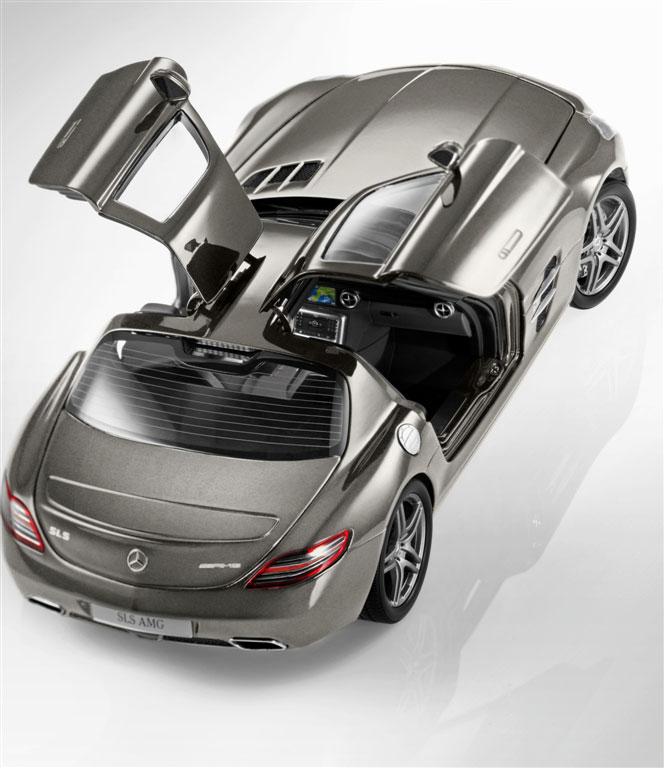Mercedes Sls Amg: Mercedes SLS AMG Scale Model Released