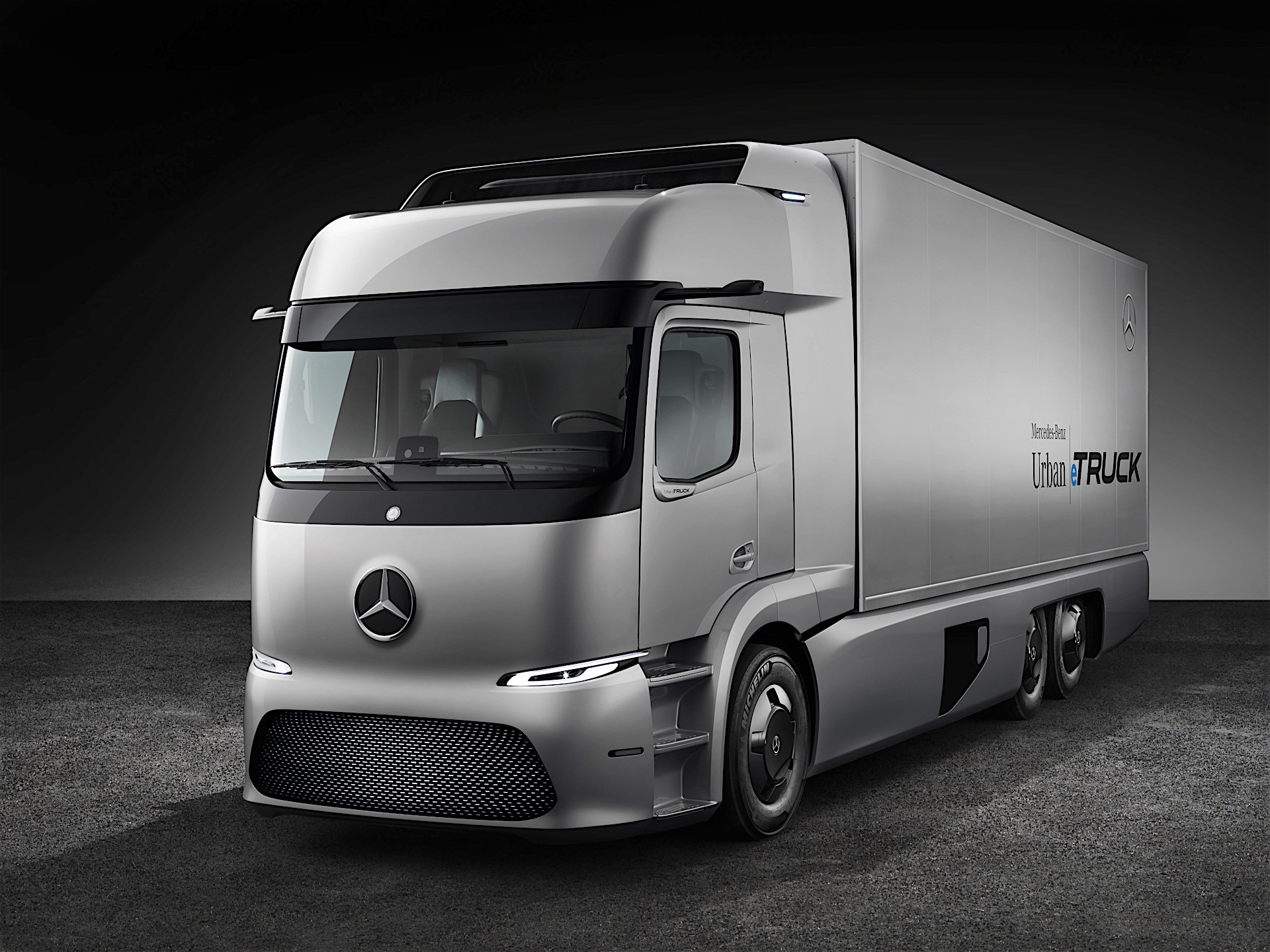 Mercedes Benz Urban Etruck A Three Axle Short Radius Distribution Truck