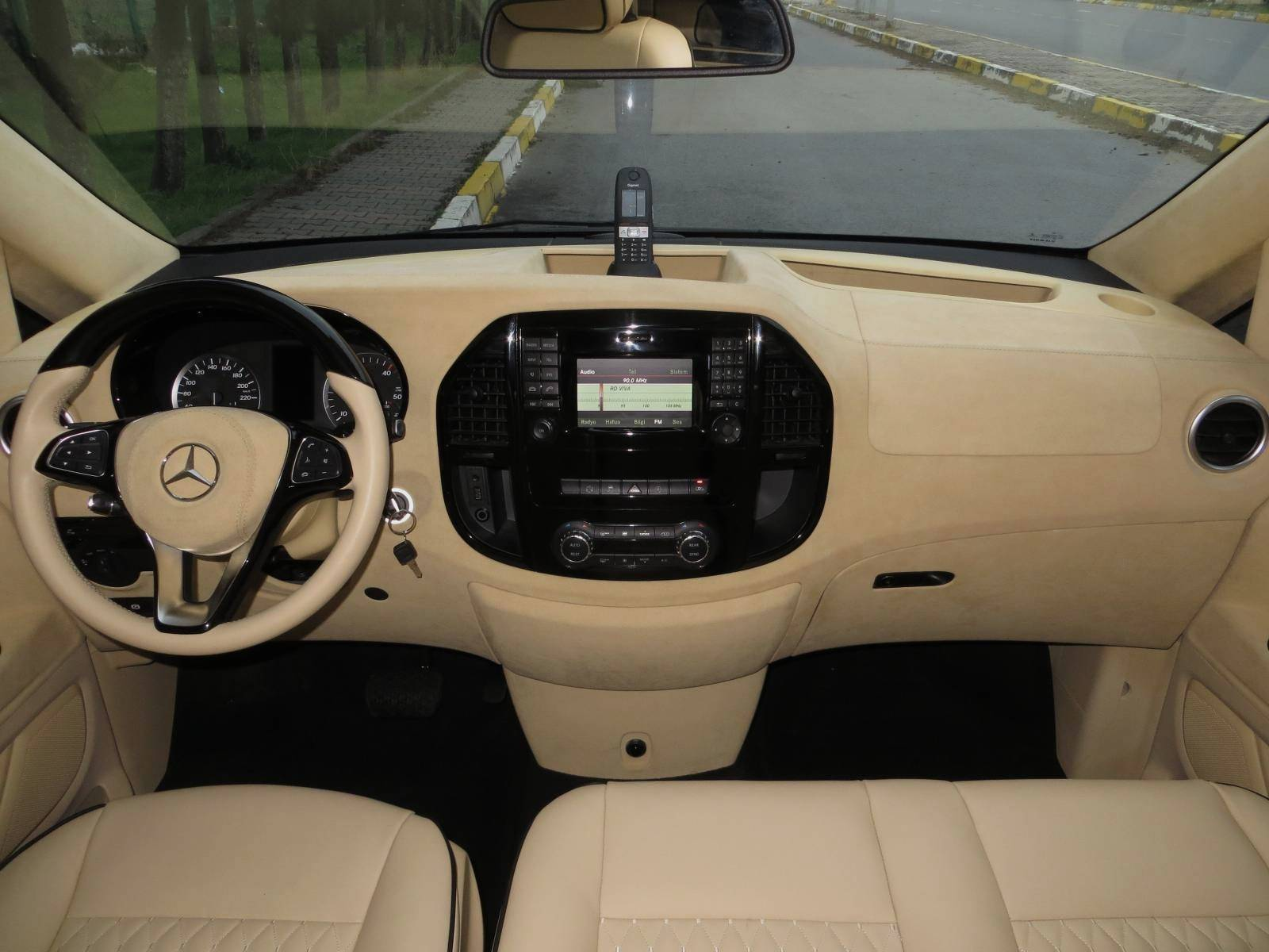 Would You Pay $198,000 for a Mercedes-Benz Van? - autoevolution