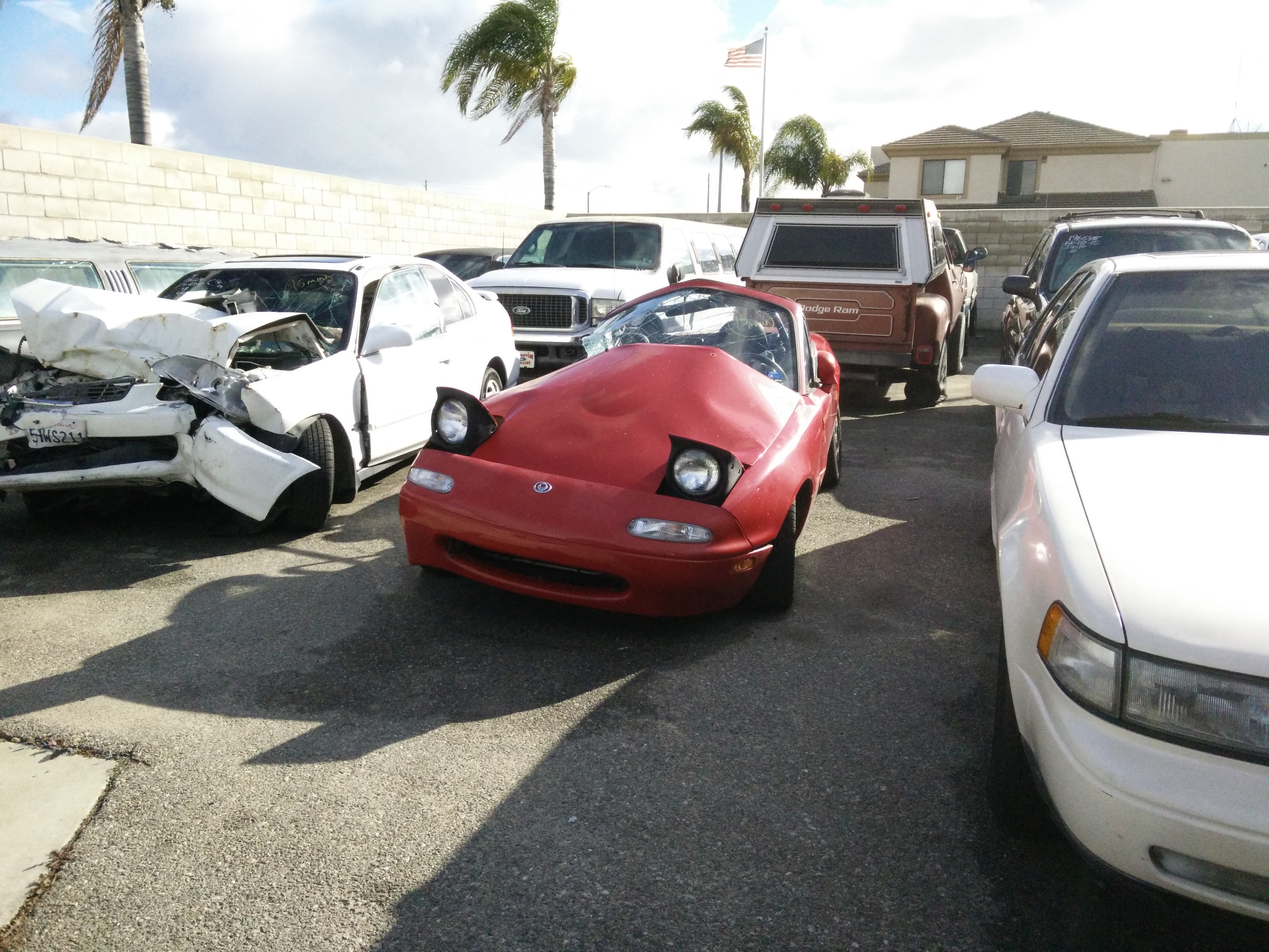 Mazda Miata Saves Owner S Life After Being T Boned By Jeep