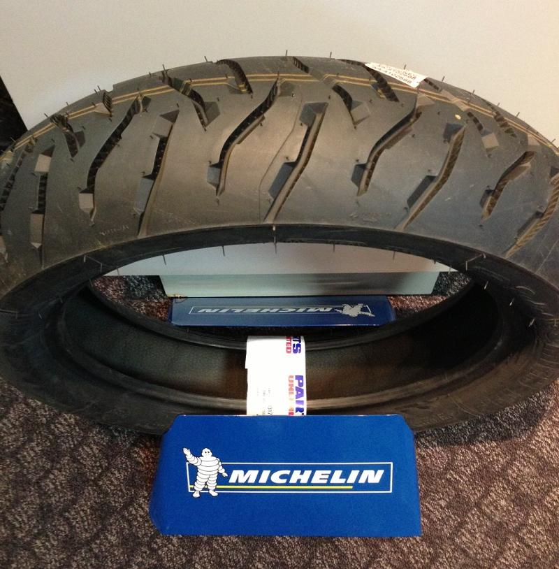 Michelin Shows Anakee Iii Tires The New R1200gs Has Them