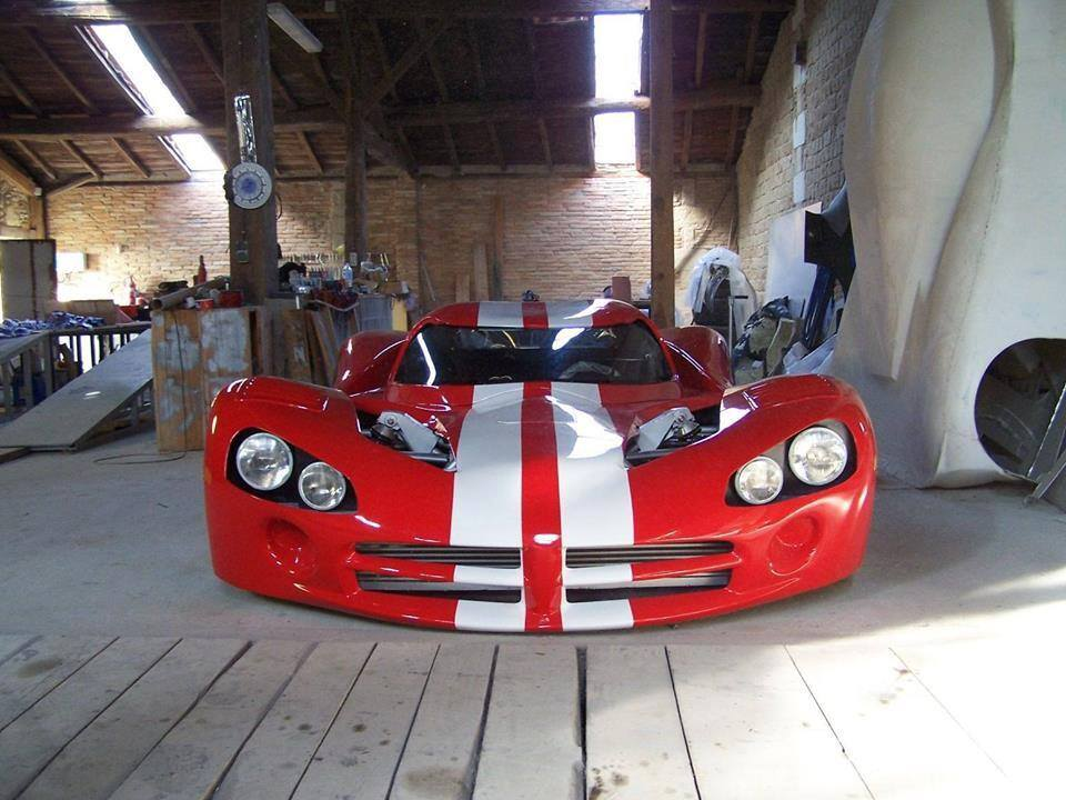 Mid Engined Viper One Off Looks Like A Shed Built