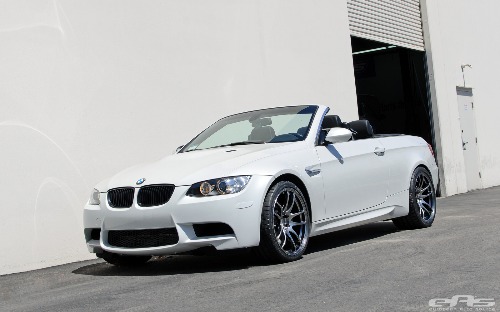 mineral white bmw e93 m3 rides on work wheels autoevolution. Black Bedroom Furniture Sets. Home Design Ideas