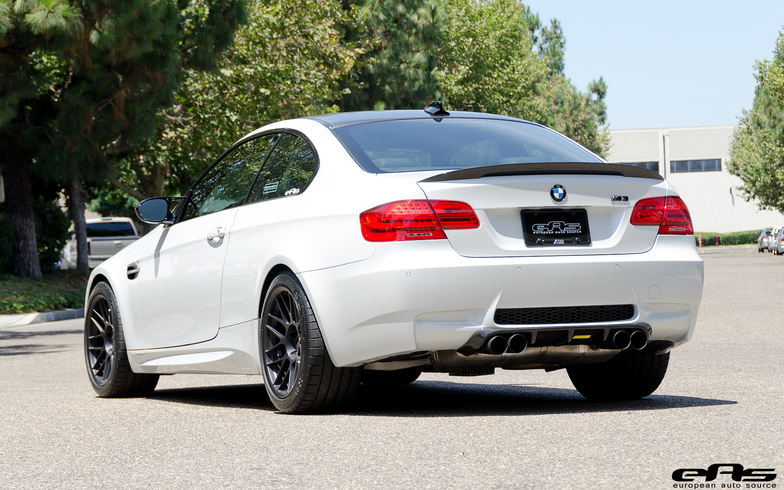 Mineral White Bmw M3 Gets A Complete Make Over At Eas Autoevolution