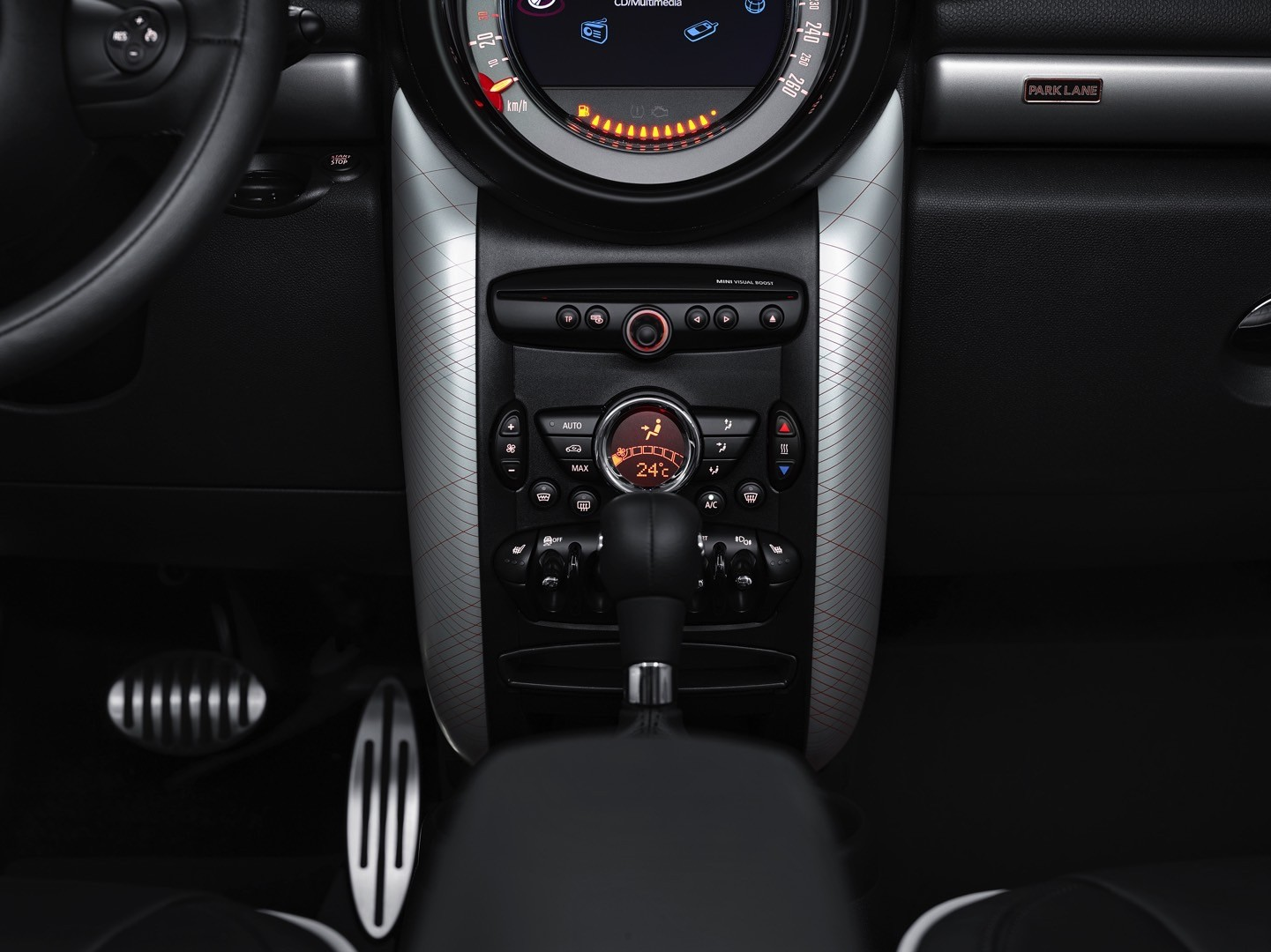 MINI Brings Out the Surprising Countryman Park Lane Edition in