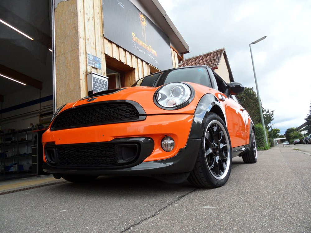 Mini Cooper Clubman S Goes Toxic Orange At Schwaben Folia
