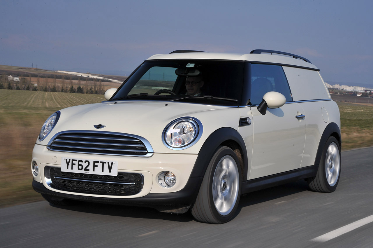 mini cooper d clubvan first drive by autoblog autoevolution. Black Bedroom Furniture Sets. Home Design Ideas