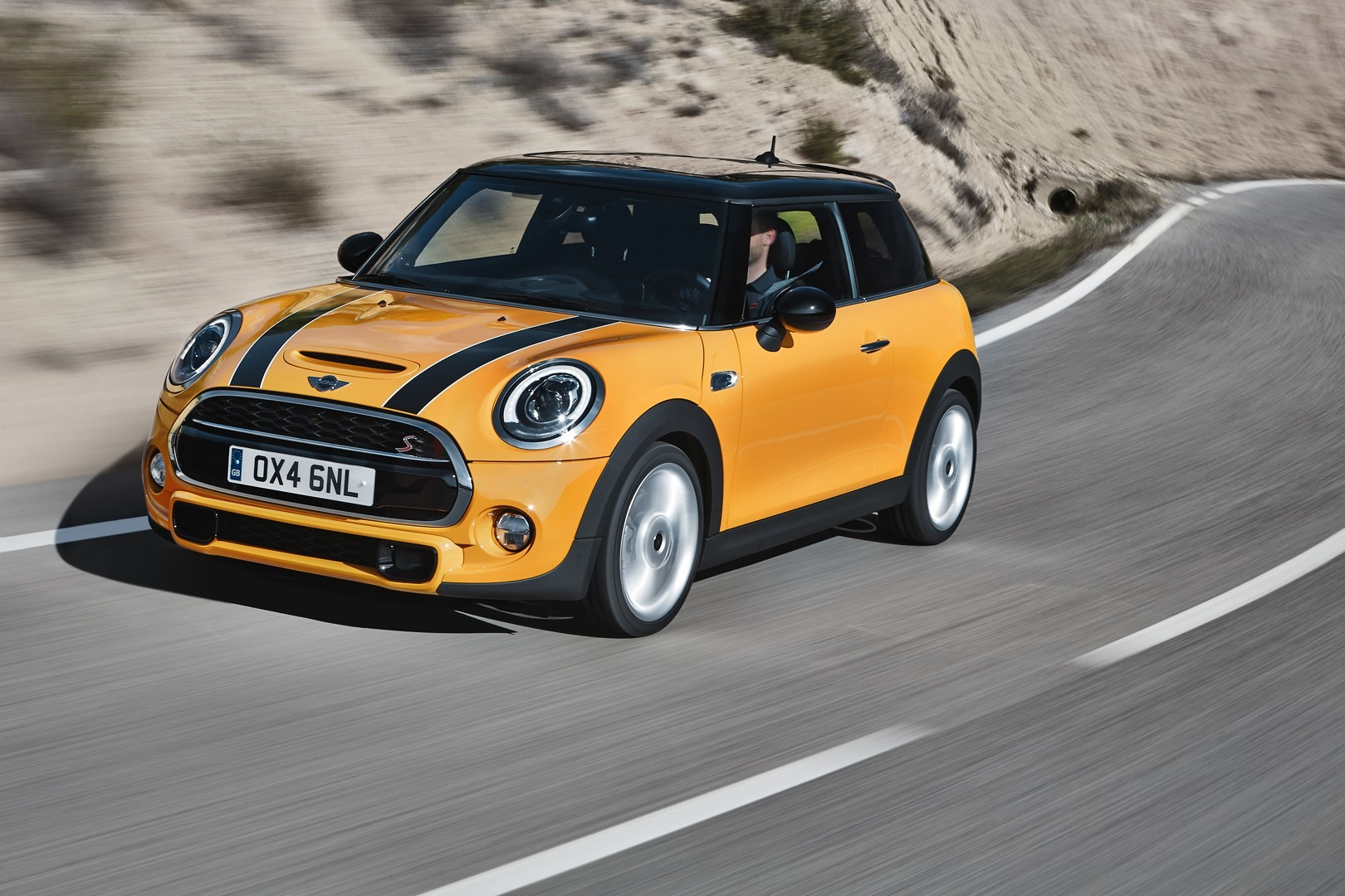 mini cooper s one of the most wanted cars of 2014 autoevolution. Black Bedroom Furniture Sets. Home Design Ideas