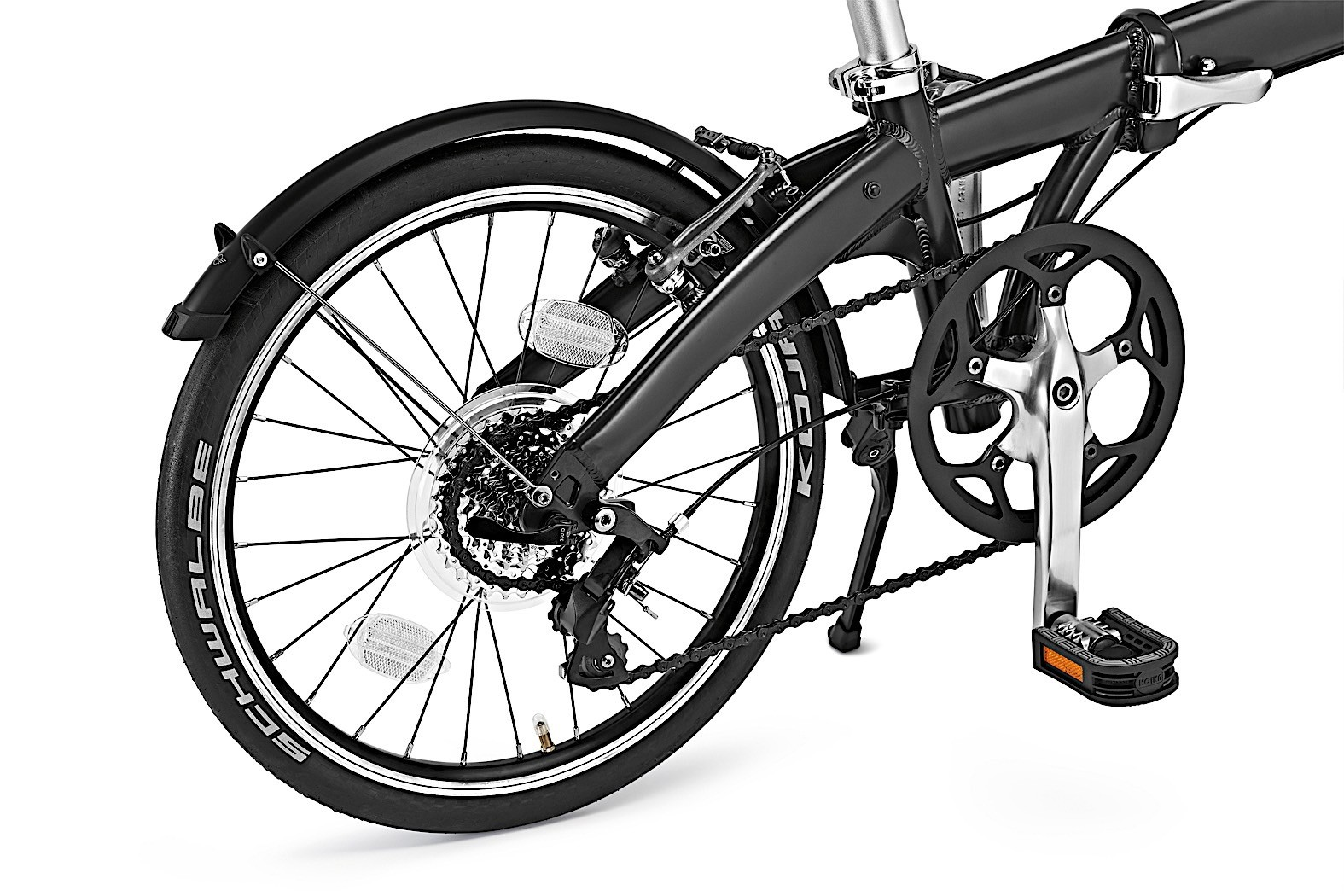 mini gets ready for sunny days with new folding bike. Black Bedroom Furniture Sets. Home Design Ideas