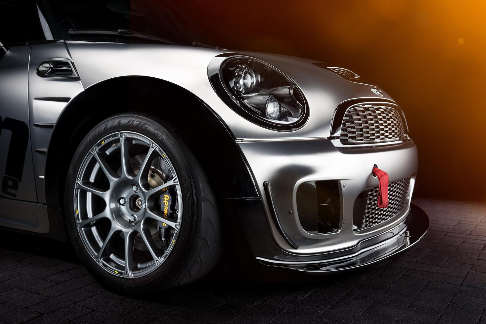 mini jcw by krumm performance has 300 hp autoevolution. Black Bedroom Furniture Sets. Home Design Ideas