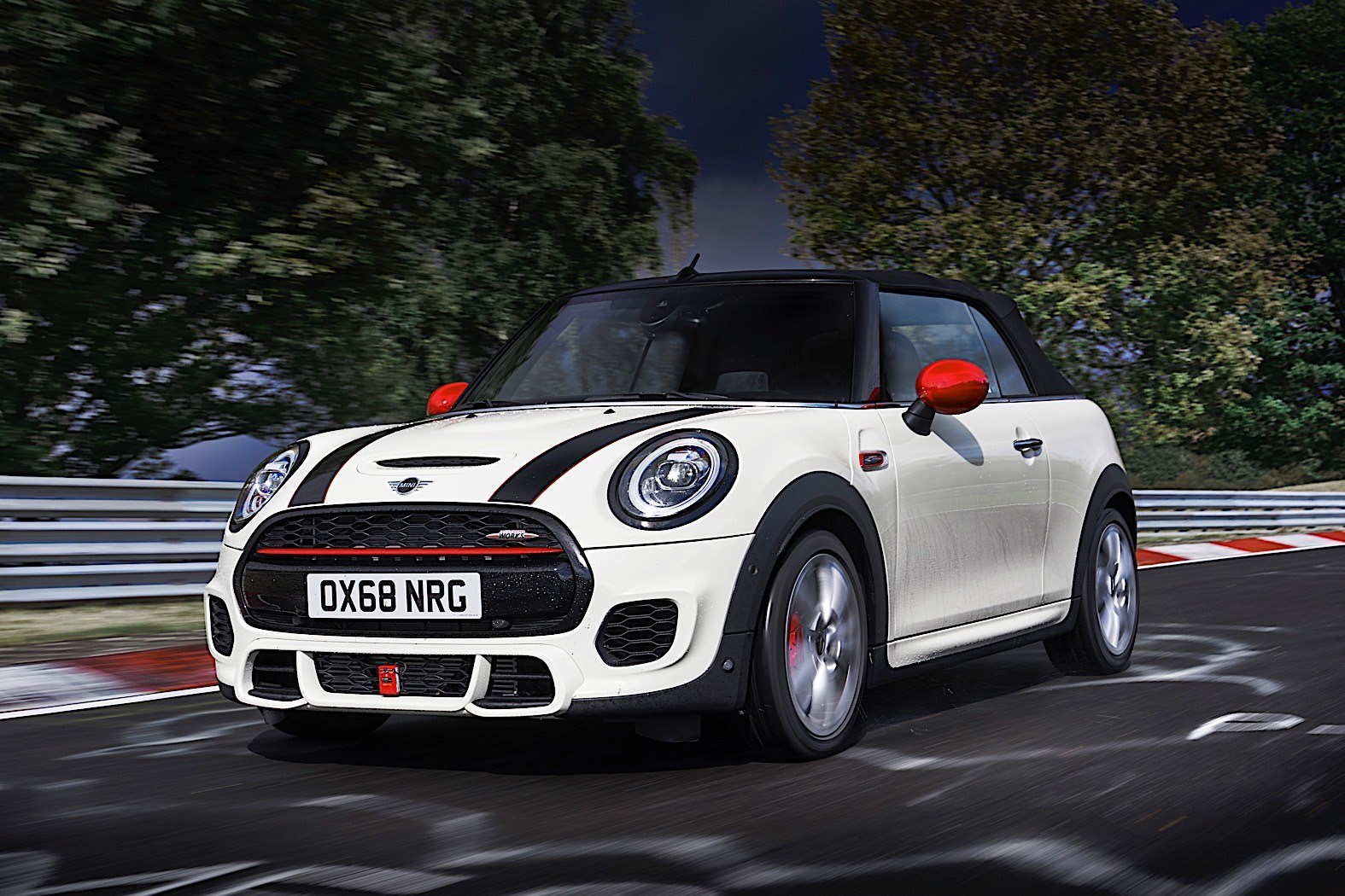 mini john cooper works comes back as euro 6d temp compliant car from march 2019 autoevolution. Black Bedroom Furniture Sets. Home Design Ideas
