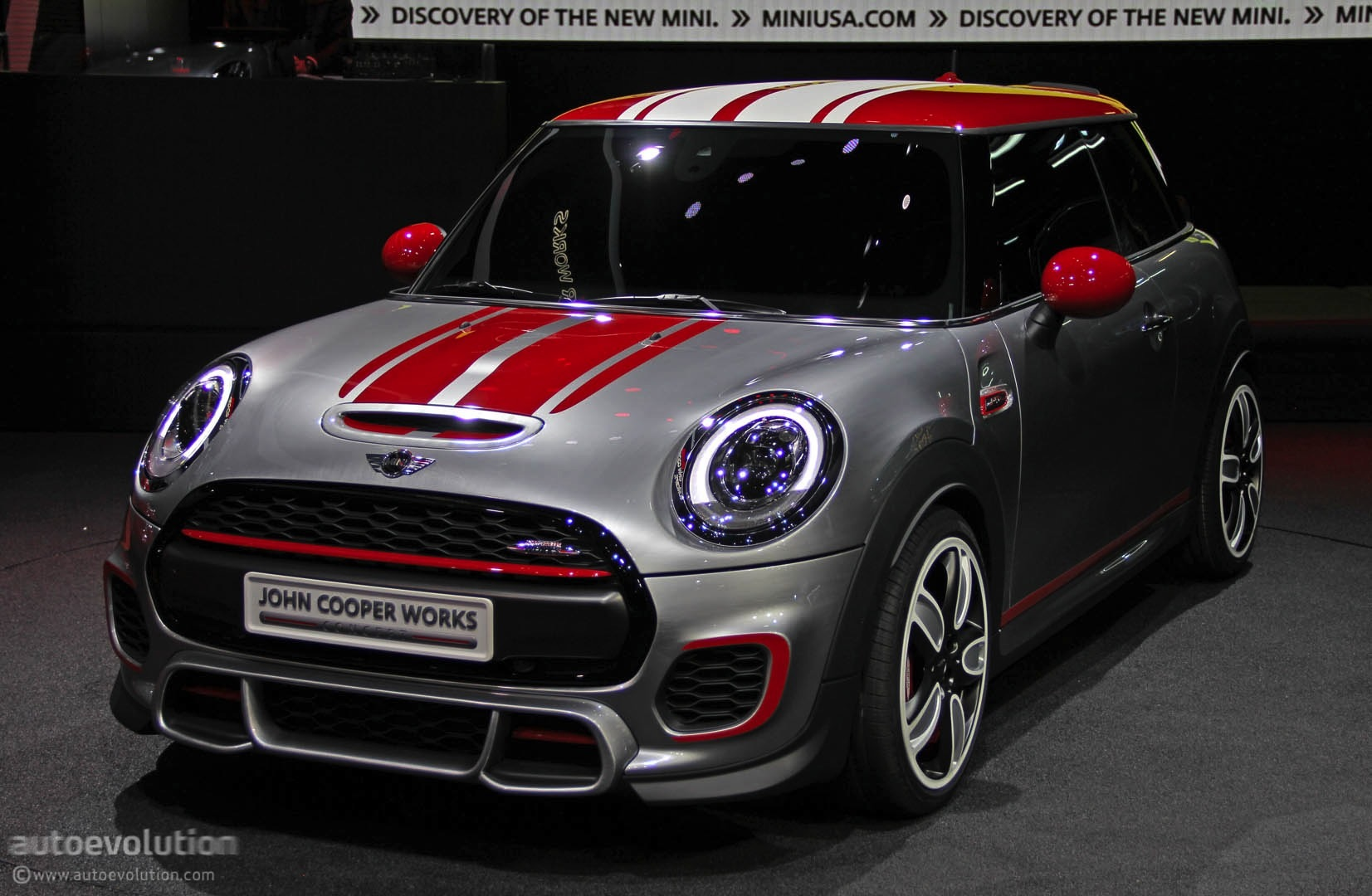 mini john cooper works concept shows up at detroit live photos autoevolution. Black Bedroom Furniture Sets. Home Design Ideas