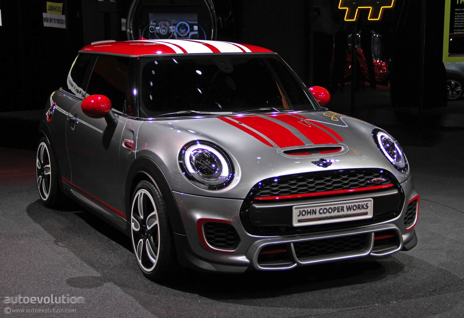 mini john cooper works concept shows up at detroit live. Black Bedroom Furniture Sets. Home Design Ideas