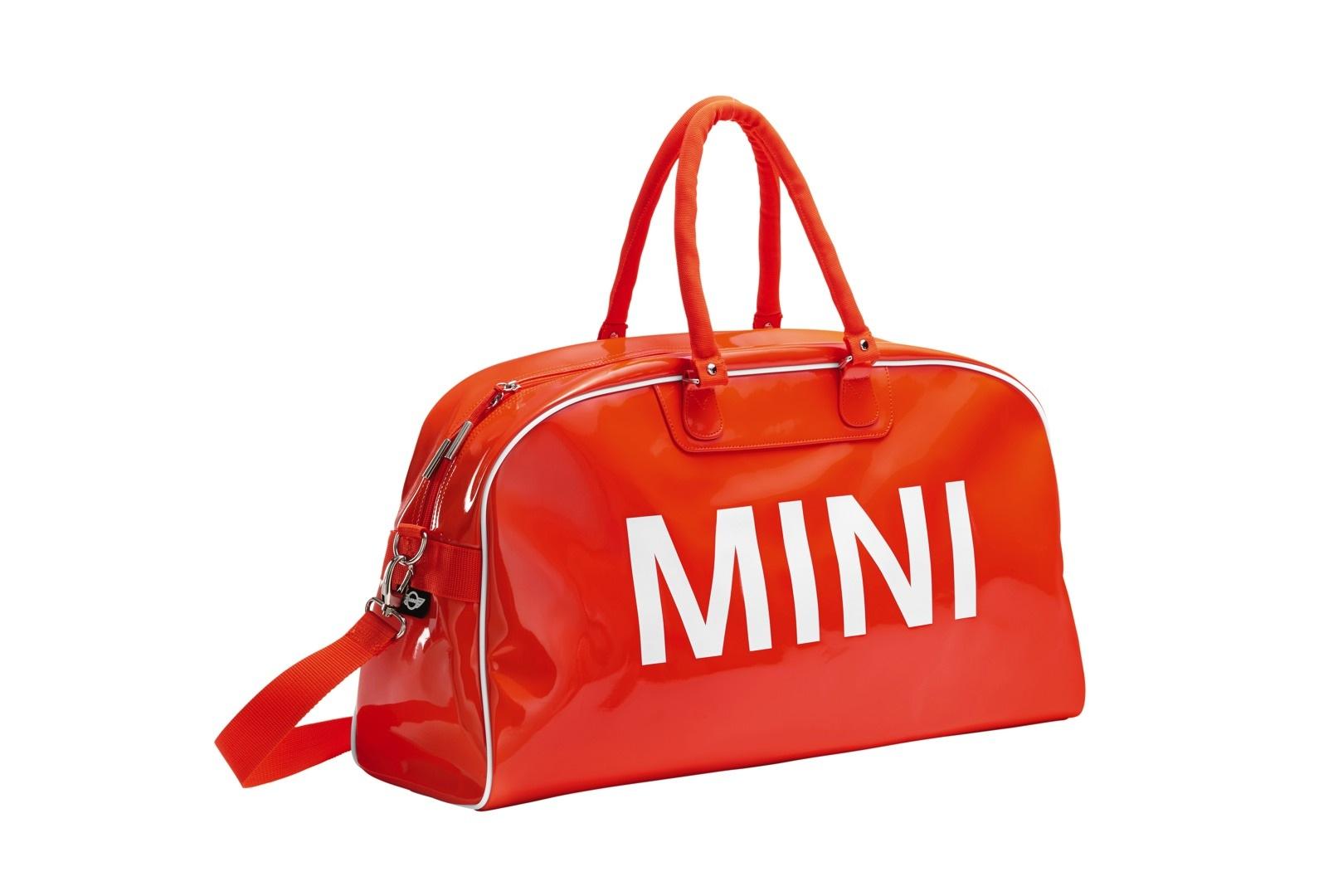 a429e9d4ae MINI Launches New Luggage Collection with Puma - autoevolution