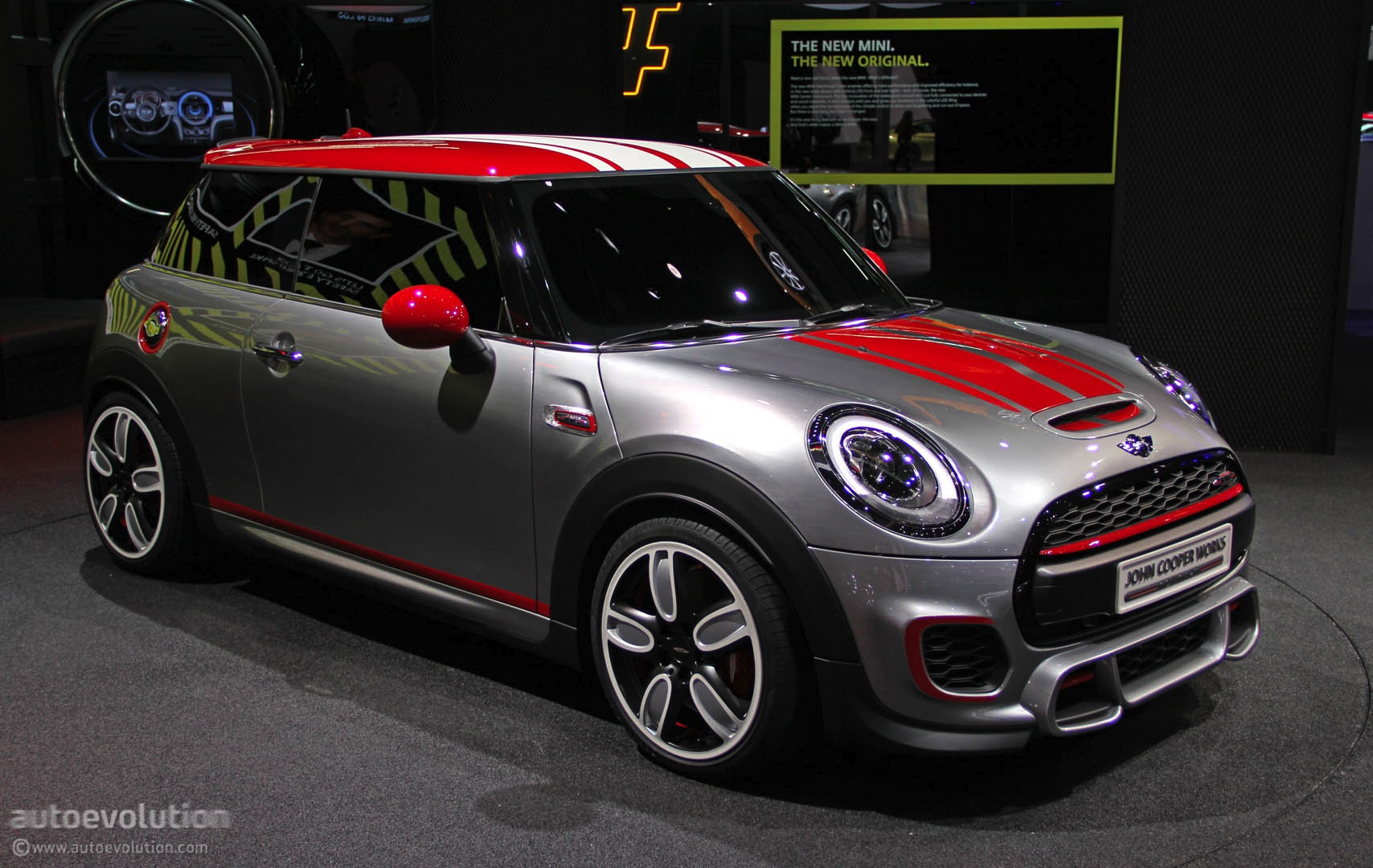 mini previews new john cooper works at 2014 detroit show live photos autoevolution. Black Bedroom Furniture Sets. Home Design Ideas