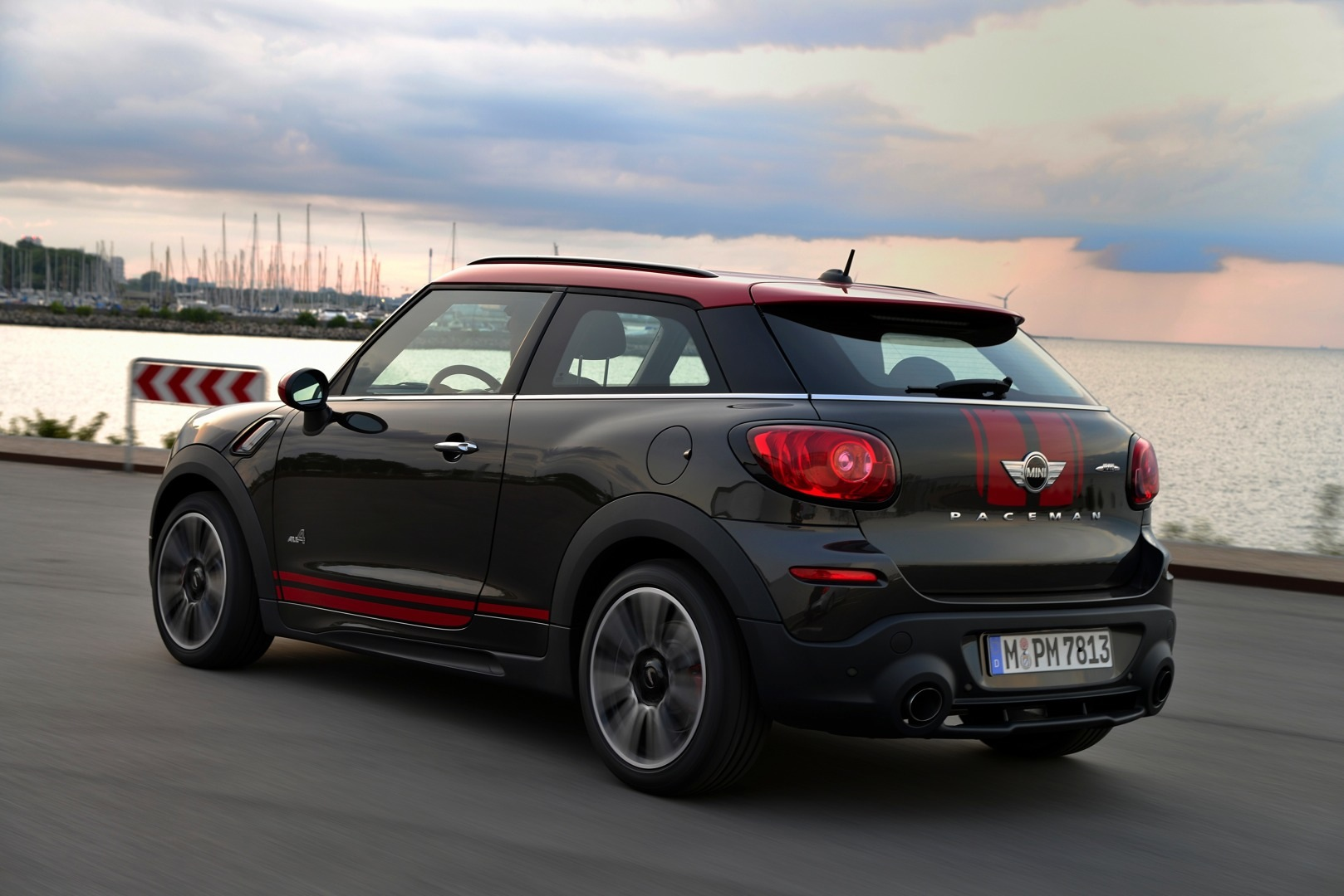 mini refreshes paceman for 2015 autoevolution. Black Bedroom Furniture Sets. Home Design Ideas