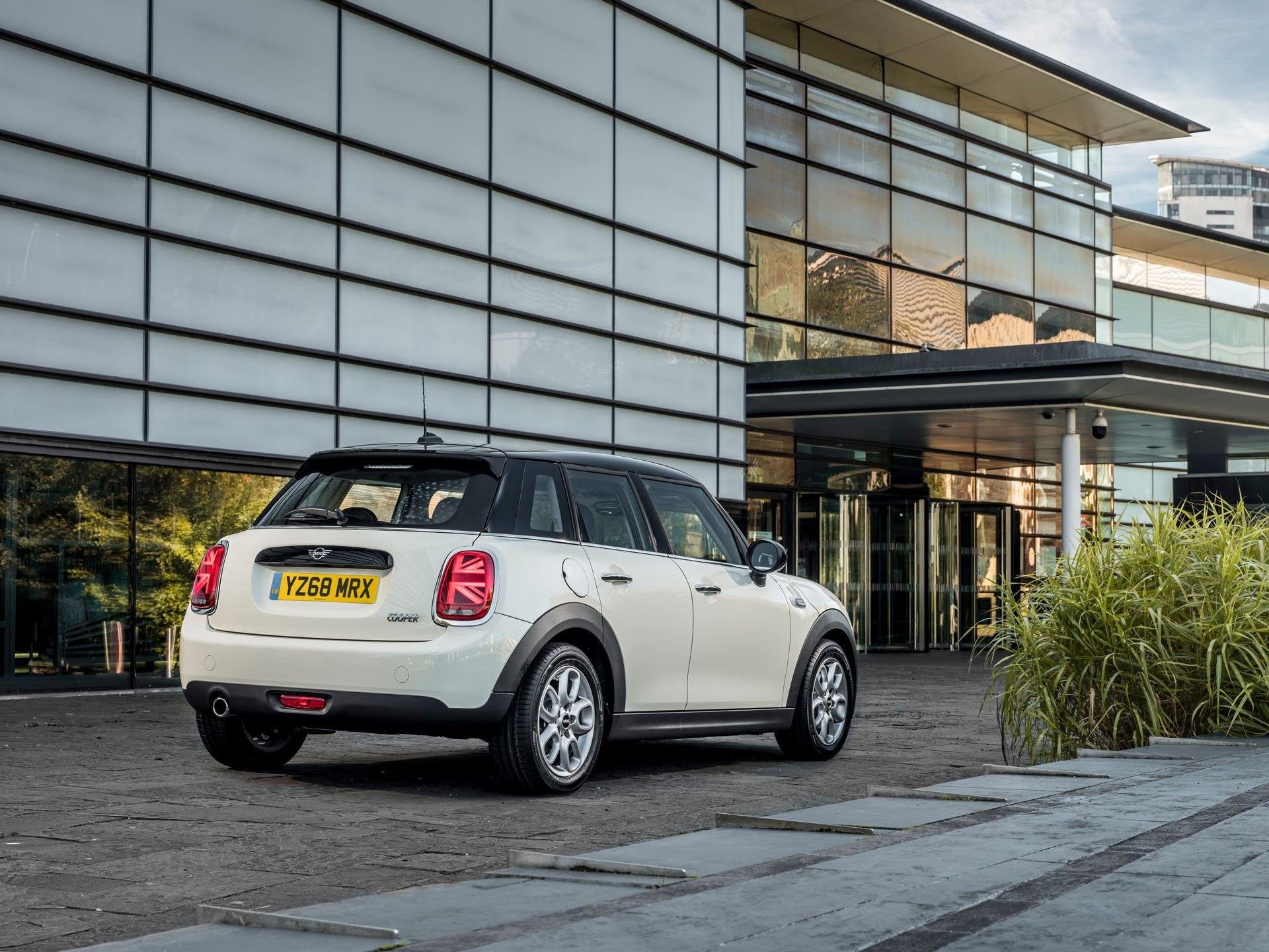 2019 Mini Lineup Simplified In The Uk Autoevolution
