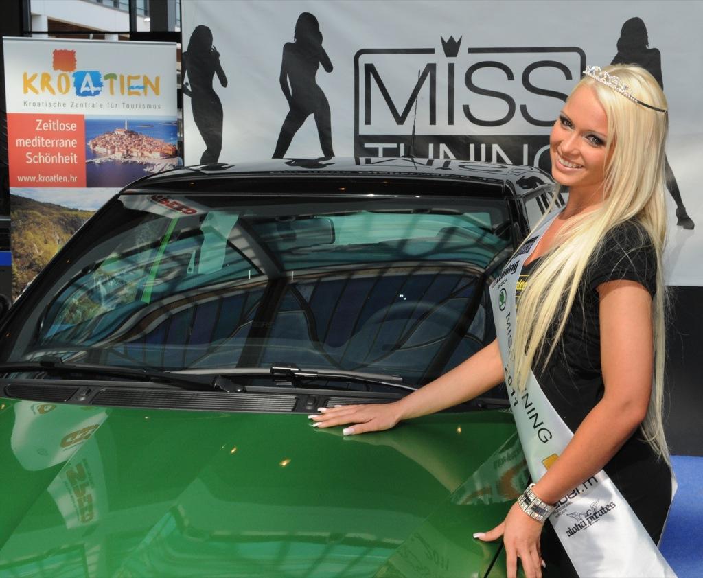 CAR-N-BABES : MISS TUNING 2011 _ MANDY LANGE _ Tuning World ...