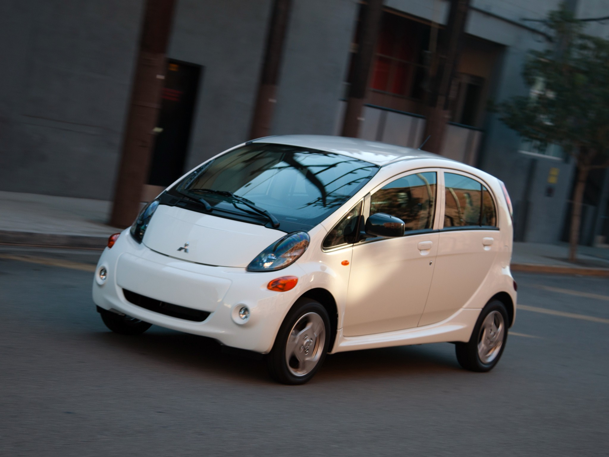 mitsubishi discontinues imiev in the united states no