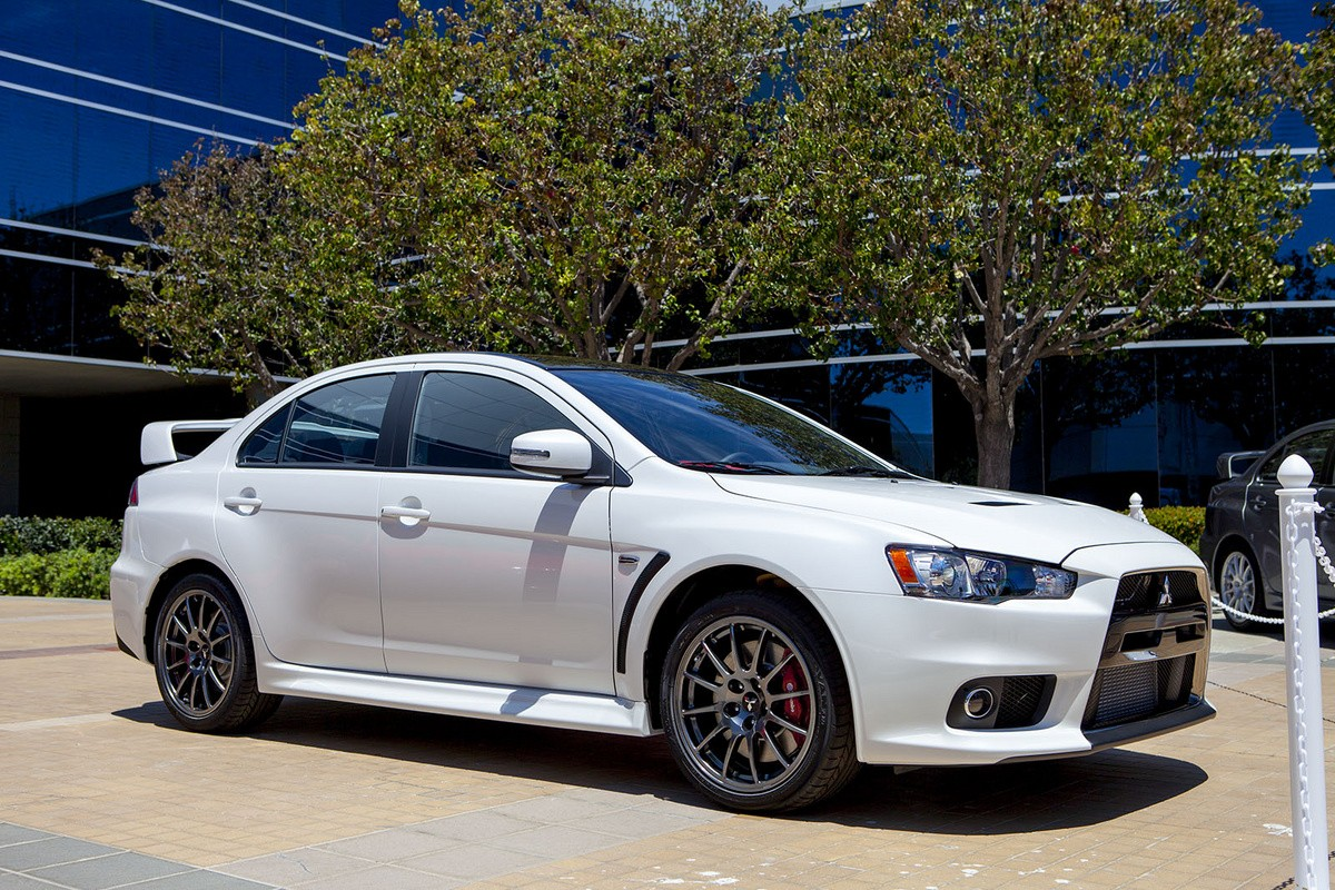 Mitsubishi Lancer Evolution Final Edition Looks ...