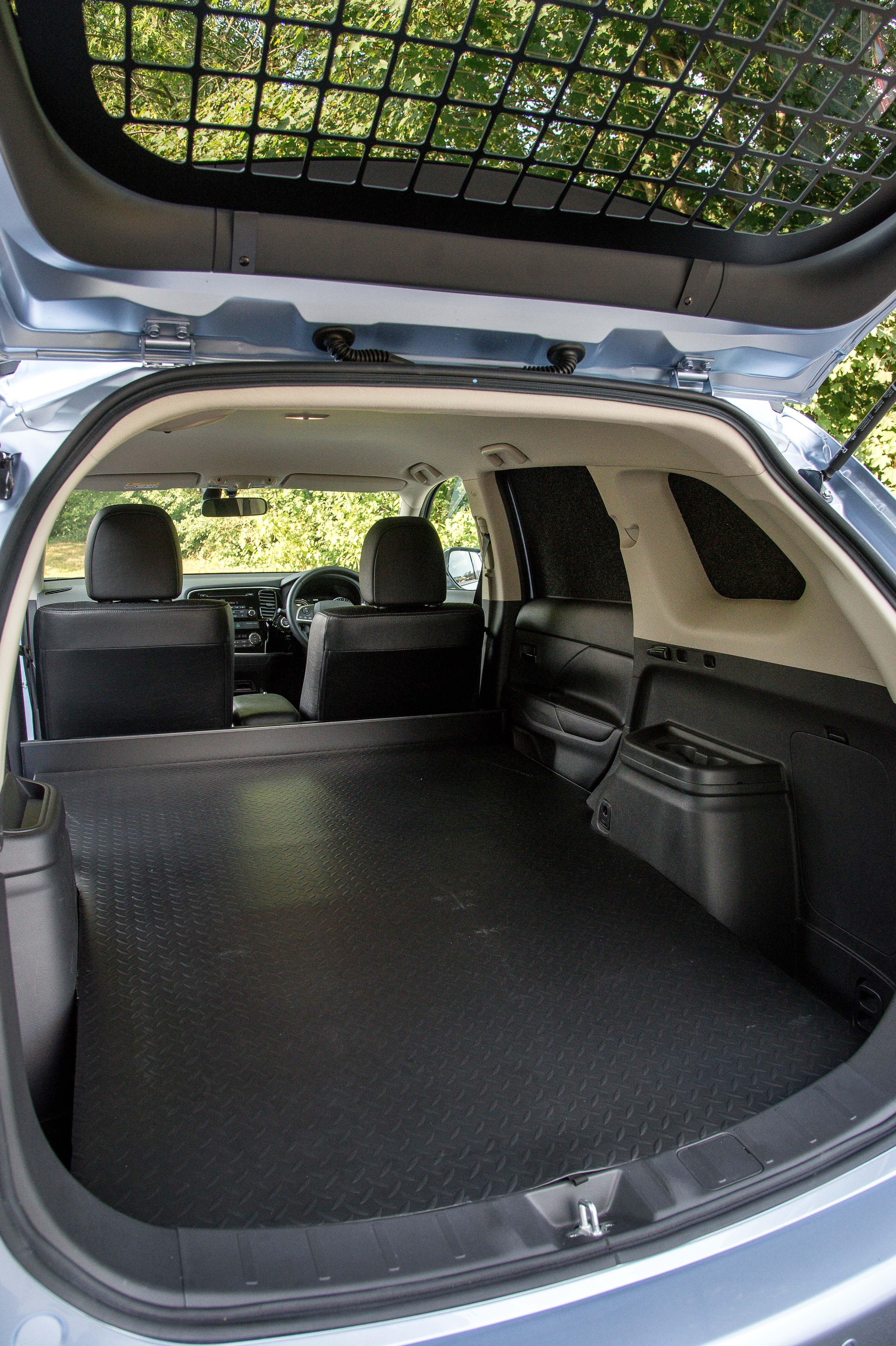 Mitsubishi Outlander Gx3h 4work Transforms From Plug In
